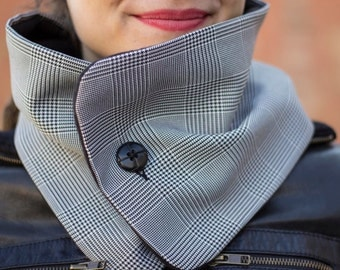Checked scarf with polar fleece inside, woman neckwarmer, polar fleece neckwarmer, neck warmer, elegant cowl