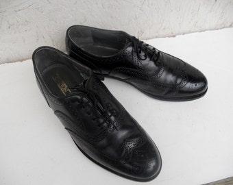 Vintage Men's Black Leather Wingtip Oxford Dress Shoes 9 1/2 D FREE SHIPPING