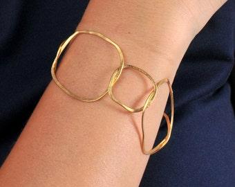 Gold bracelet -  Linked squares - Organic shapes - Hand formed Unique bracelet -