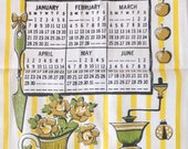 Vintage Kitchen Towel / Vintage Dish Towel / Colorful Towel / Vintage Graphic Towel / 1962 / Calendar / Hand Towel / Dishtowel