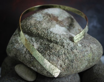 Neck Cuff, Hammered Brass or Copper, Lead and Nickel Free, Textured, Hand forged, Brass Collar, Statement Necklace, gold choker