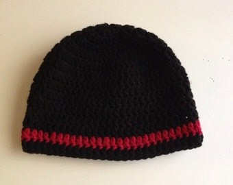 Black beanie hat with red stripe for toddlers - 2 to 4 years old