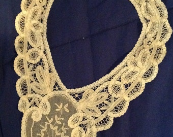 Vintage Belgian Lace Collar, probably from early 1960s