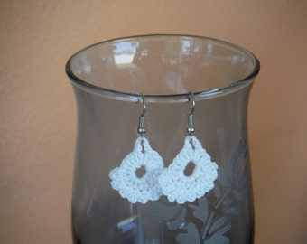 Dainty Crochet Earrings with Picot edge