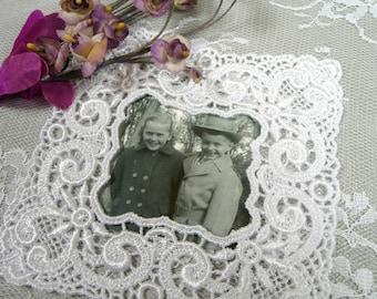 Small Lace Picture Frame Applique White for Crafts Wedding Album Embellishment Scrapbooks Vintage Style Venise Lace Picture Mat LA12W