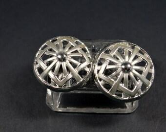Vintage 1980s Clip Earrings Silvertone Round Geometric Style Hubcap Earring Vintage Clip Earrings 1980s Jewelry