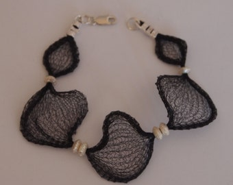 Bracelet in Black Wire Mesh Ribbon and Sterling Silver