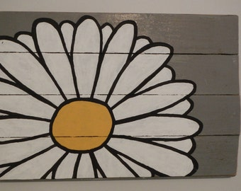Hand painted reclaimed wood daisy sign