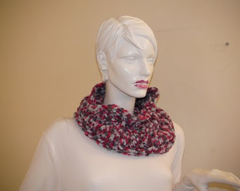 Neck Warmer. Red and Grey Infinity Scarf. Chunky Scarf.  Circular Scarf .Super Soft Cowl.