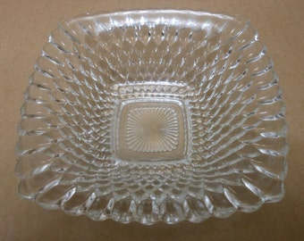 VGC  Vintage-Federal-Glass-Co-Clear Glass-6-1/4-Square-Diamond-Quilt-Pattern-Dish
