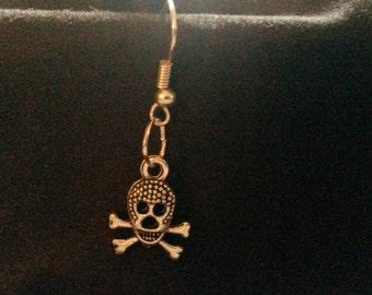 "Handmade Single skull/goth/punk earring (""antique silver"")"