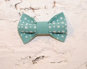 FREE SHIPPING Embroidered Christmas women's bow tie in handmade Mint white snowflakes bow tie Girls bow tie Gift for her Preppy bow tie