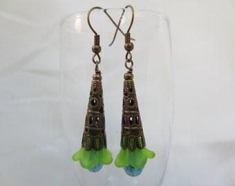 Dangle Earrings, Floral Earrings, Flower Earrings, Beaded Earrings, Summer Earrings, Fashion Earrings, Glass Flower Earrings
