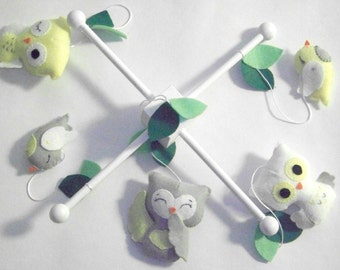 Owl baby mobile, baby mobile, woodland mobile, owl mobile, gray and yellow mobile, baby crib mobile