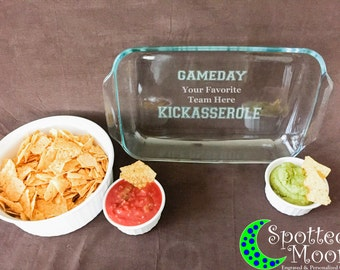 Gameday Kickasserole with Your Team, Etched Glass Casserole, Football, Tailgating, Engraved Bakeware, 9x13 Baking Dish,Pyrex,Personalized