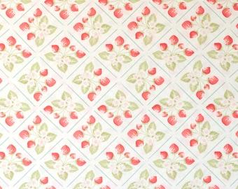 Strawberry Fields by Fig Tree Vanilla Lattice Fat Quarter OOP & HTF