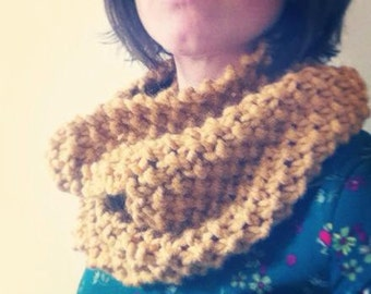 Handmade Knitted Moss Stitch Snood Infinity Scarf Cowl
