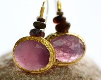 Purple Pink Sapphire Earrings, Solid Gold Sapphire Earrings for Women, Pink Stone Earrings, Gift for Her, Pink Bridal Earrings, Boho Chic