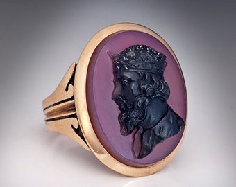 Late 1800s Agate Cameo Gold Ring - Victorian Jewelry