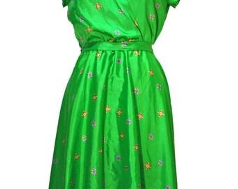 women's vintage green silk dress with decorative print Torelli California label sz L