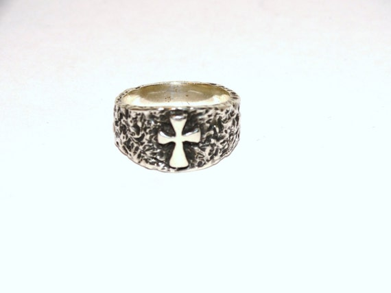 free shipping james avery textured raised crosslet ring size 8 - James Avery Wedding Rings