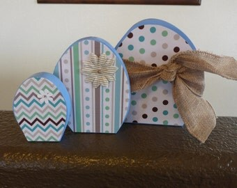 Pastel colored 3 Egg Wood Set: home decor gift spring homemade decorative fun family brown teal blue