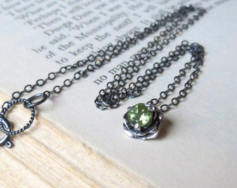 Gemstone Flower Necklace in Sterling Silver with Peridot