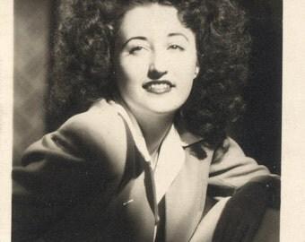 vintage photo 1945 Here I am Big Hair Day Barbara Stanwyk Looks Woman