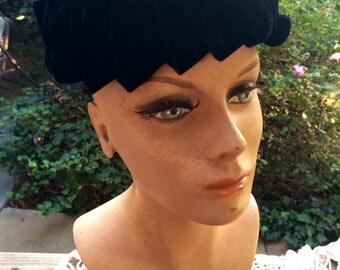 Vintage Ladies' Black Crushed Velvet Hat