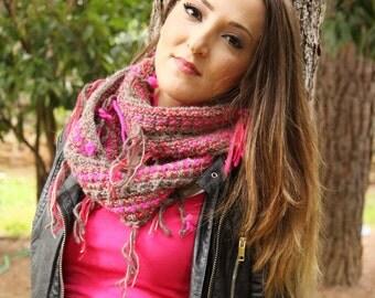 Knit scarf,infinity scarf,chunky cowl scarf,cowl scarf, chunky scarves, circle scarf, neon bricks,textured,fringe,milky brown,warm,fuchsia