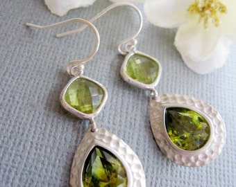 Silver Art Nouveau Earrings, Green Earrings, Hammered Silver, Bohemian, Peridot, Bridesmaid Earrings, Silver Teardrop Wedding Jewelry