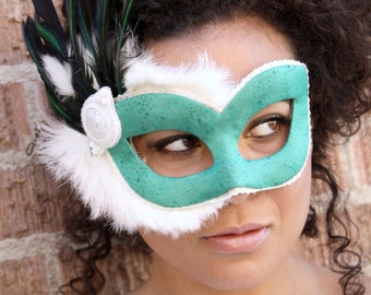 Yue - Masquerade Mask in Sea Green Organza and Snow White Rabbit Fur with Hand-Beaded Accent