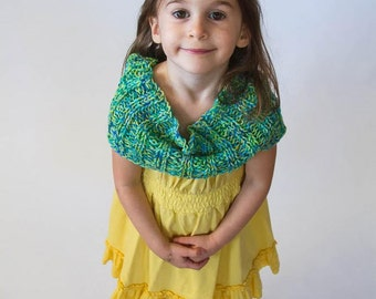 handknit cowl, child, blue, green, yellow