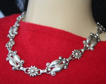 Art deco Vintage Sterling Silver Flower Necklace 64.6 grams ~ A Runway Piece Very ~ ELEGANT  ,Stunning and so Rare