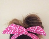 Dolly Bow Pink and White Swirl Wire Headband Rockabilly Pin up Woman Teen Girls