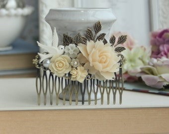 Rustic Wedding Comb, Bird and Cream Rose Comb, Large Ivory Color Rose Cab Vintage Inspired Comb, Roses Leaves Large Comb, Country Wedding