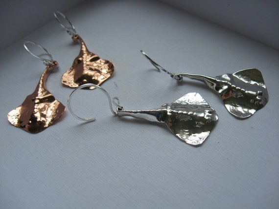 Small Hanging Stingray sculture earrings in solid copper, bronze or sterling silver