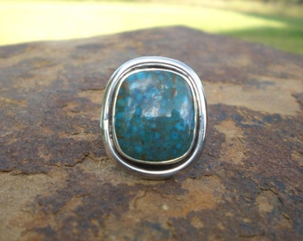 Kingman Spiderweb Turquoise Silver Ring Freeform Smooth Modern Special Sale
