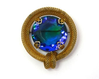 Vintage 40s Brooch Sapphire & Emerald Bicolor Glass Stone Gold Mesh Circle Pin