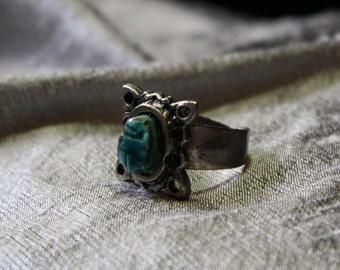 Vintage 1960's Glazed Ceramic Scarab Adjustable Ring- Size 6