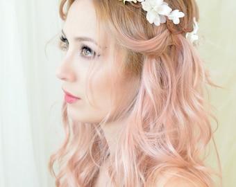 Wedding hair piece, boho bridal crown, woodland headpiece, floral crown, wedding wreath - Blanchefleur