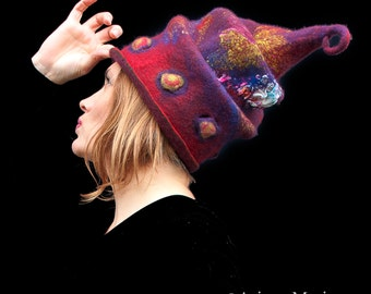 Magic handmade felt hats - Sculptural Hat  - Designer Hat Paris