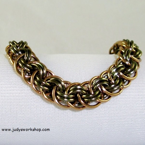 How To Basket Weave Bracelet : Champagne chainmaille bracelet basket weave by