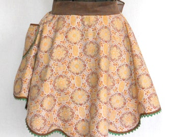 Vintage Apron Half • Flirty Cotton Apron