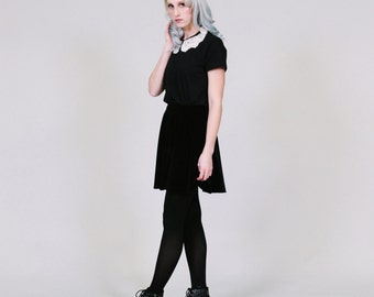 Black Blouse with White Lace Peter Pan Collar - kawaii pastel goth - ROGUEMINX S