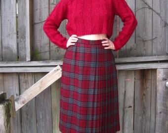 vintage 60s 70s plaid tartan burgundy pleated wool skirt kilt A-line high waist preppy mod Fall Winter