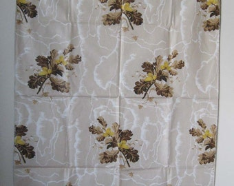 "Vintage Decorator Cotton Fabric, Acorns and Oak Leaf Branches, Serged Edges  26.5"" x 36"""