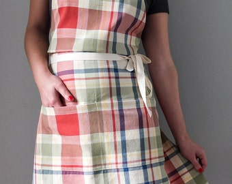 SALE Womens Classic Plaid Work Apron / Home and Garden Accessory Vintage Inspired Utilitarian Style Gift for Woman Full Apron Country
