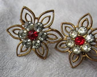 Vintage 1950s Star Shaped Earrings / 50s Gold and Rhinestone Flower Screw On Clips
