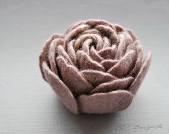 Felted Flower Brooch, Ranunculus Felt Flower Brooch, Dusty Plum and Cream Flower, Felted  Pin